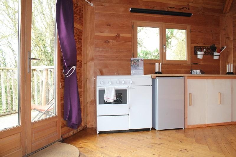 Cabane perchée avec kitchenette