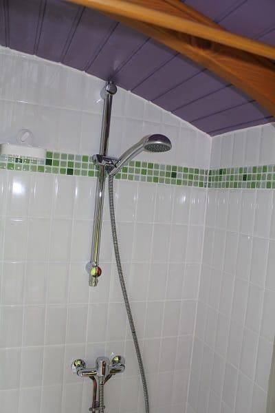 Roulotte avec salle de bains privative