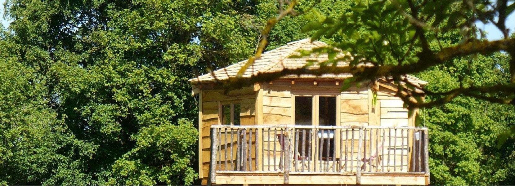 Family ecolodge h bergements insolites et escape game - Chambre d hote cabane dans les arbres ...