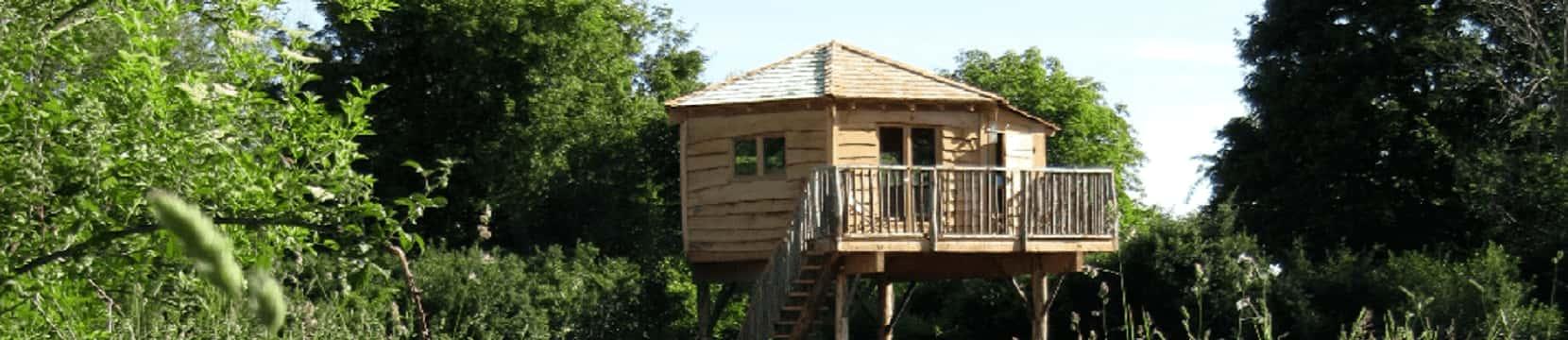 Dormir dans une cabane perchée dans les arbres 3 Chouettes